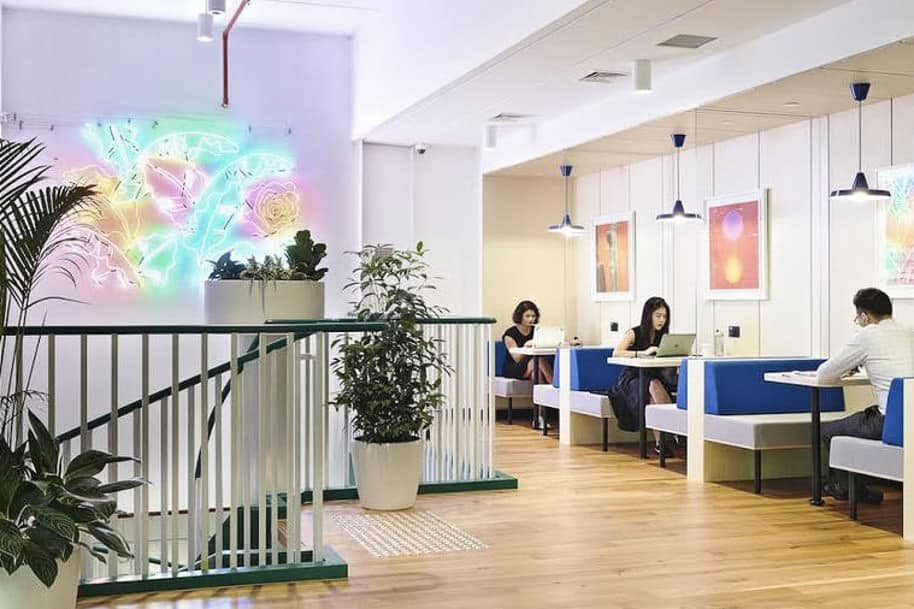 Coworking Space Manulife Tower Wework 298