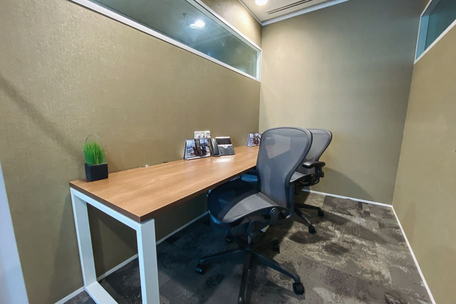 Coworking Space Private Office Gateway West 109